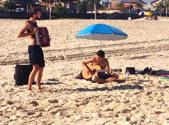 Repetition musicalse sur la plage